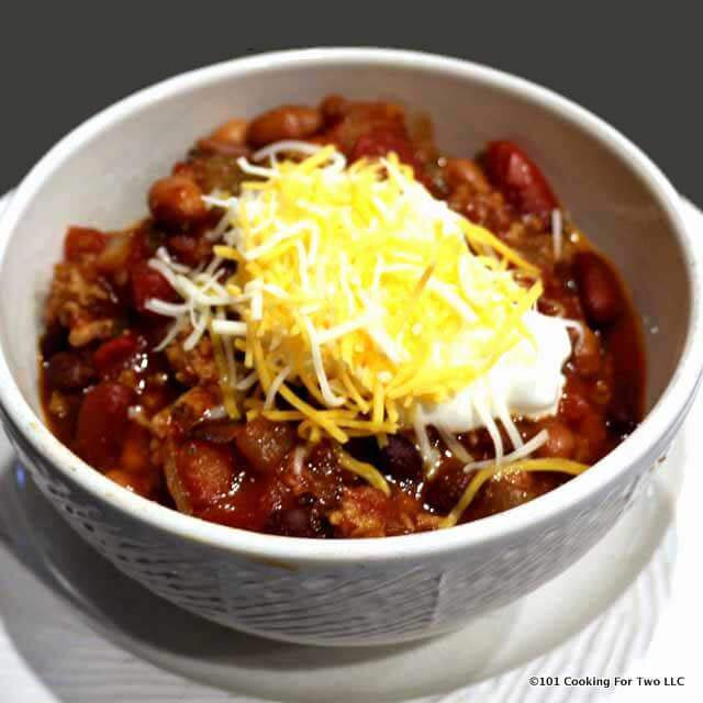 Crock Pot 3 Bean Turkey Chili - - 25+ Great Slow Cooker Meals Just Right for Two People